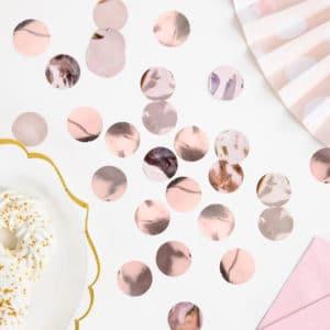 Confettis, Perles, Plumes...